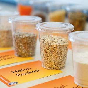 Zutaten Brot Backen Getreide Körner Getreide Milchprodukte Mehl Gnaier
